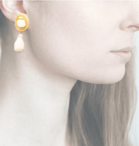 Profile, Cammeo, Amore, mela e serpente, bianco, AM6