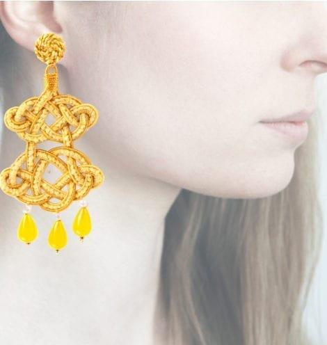 Profile, chandelier giallo